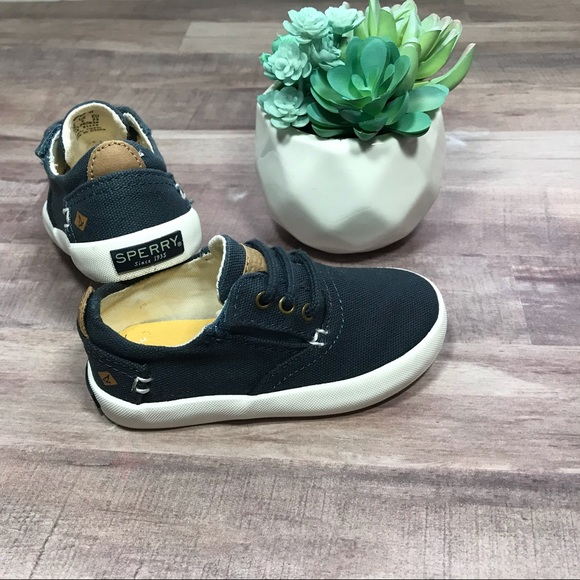 Sperry Other - Sperry navy blue sneakers